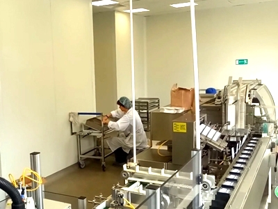 Ampoules Blister Line equipped two robot feeders in Europe