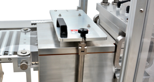 Blister Packaging Machine adopt contact heating method